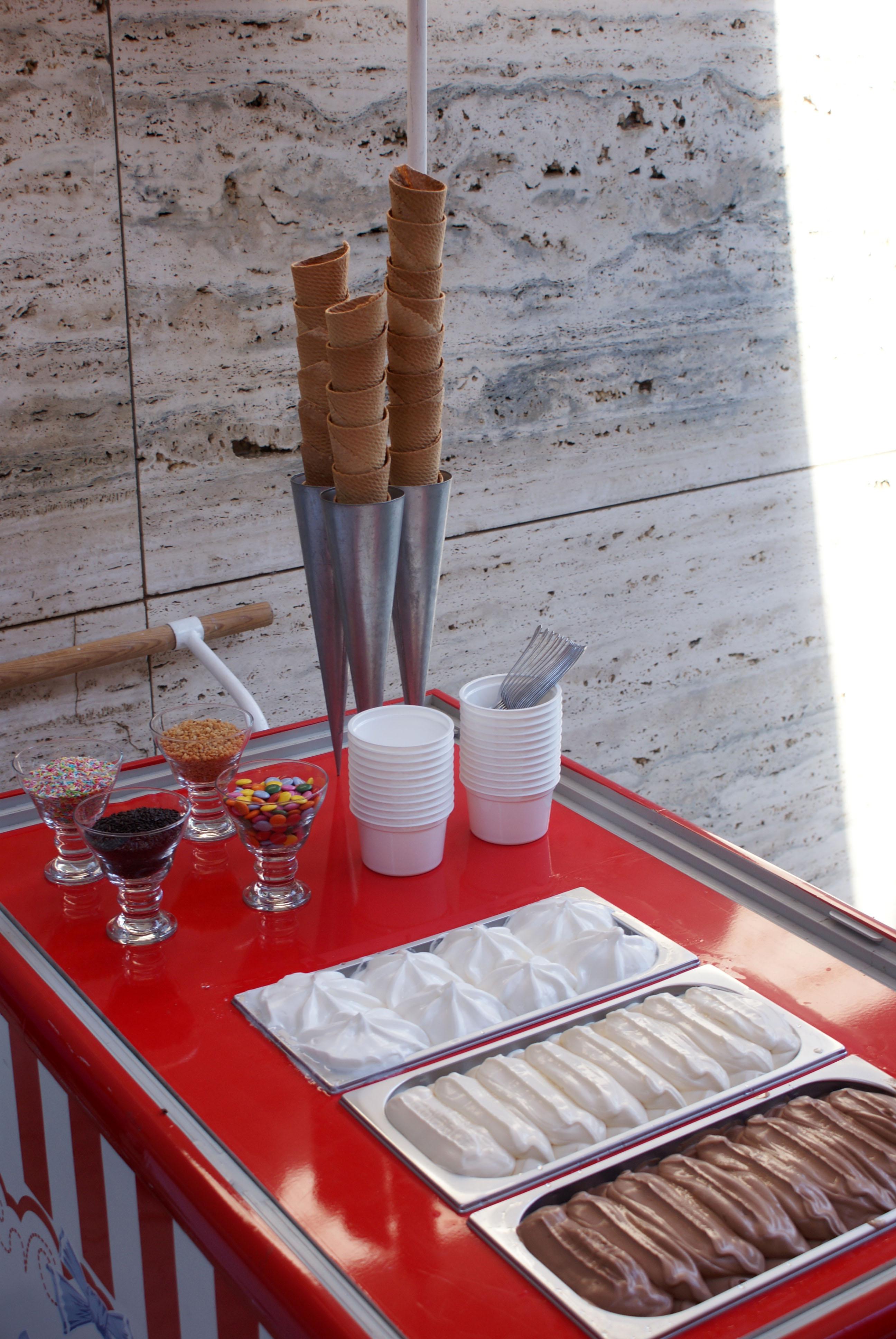 Gelats bufet Mies3.jpg