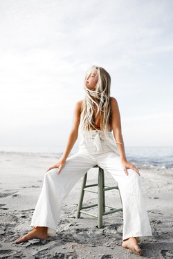salt + waves frosty blonde