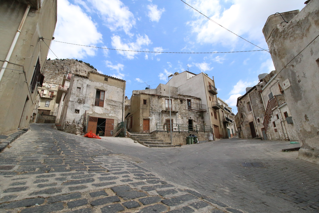 Sicily - local houses