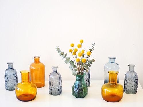Lot de vases colorés