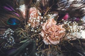 Brudbukett fotograferad av Leon Jiber