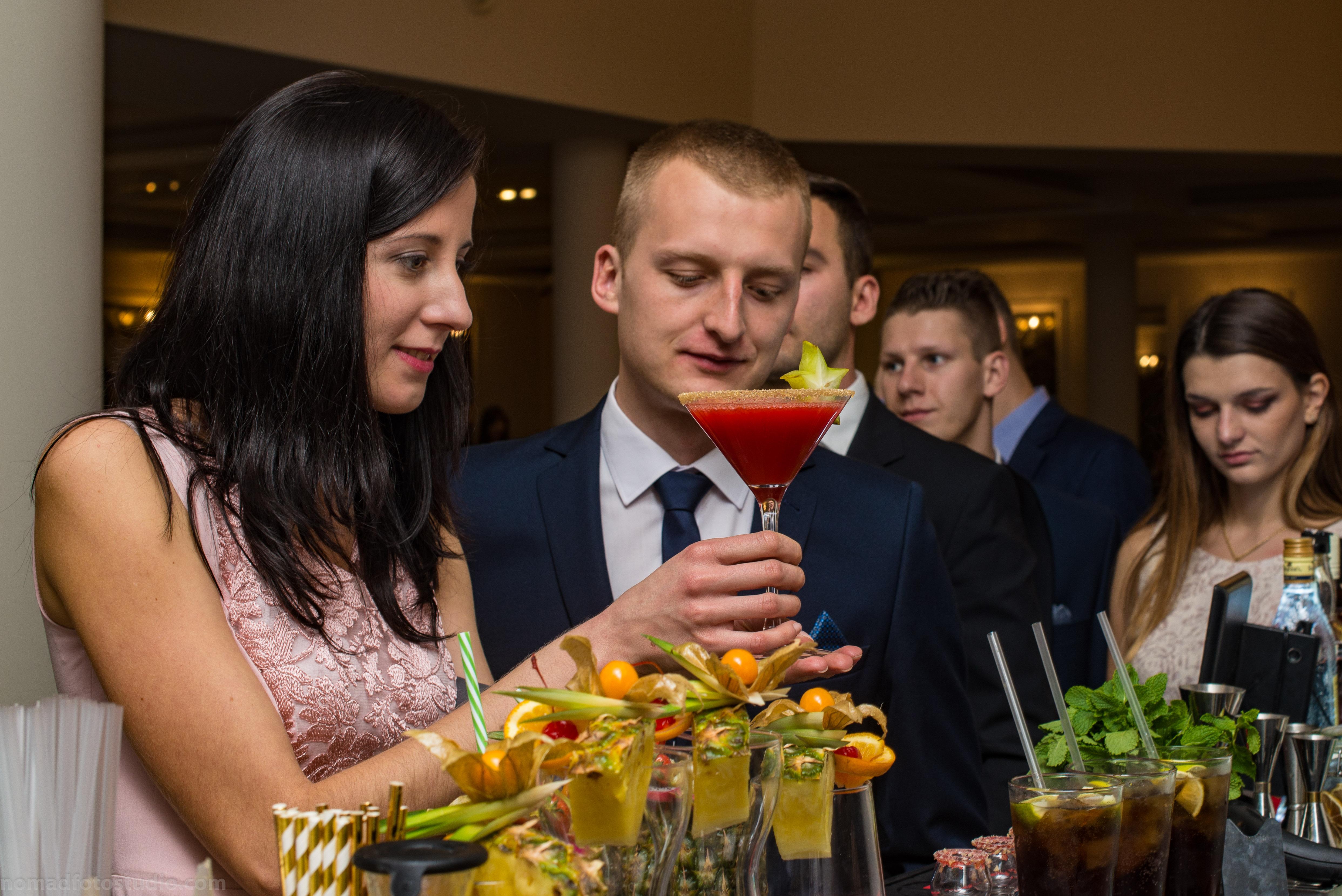 Siedlce-drink-bar-mobilny-barman-na-wesele-evet-agencja-barmańska-drinki-13