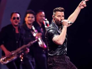 """Ricky Martin tilda de """"brutos"""" e """"ignorantes"""" a quienes rechazan aislarse por el COVID-19"""