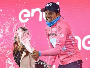 Richard Carapaz, más líder que nunca del Giro de Italia en su cumpleaños 26