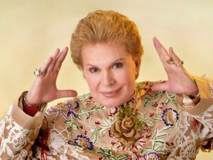 Famosos latinos despiden con ''amor'' a Walter Mercado, ''icono'' hi