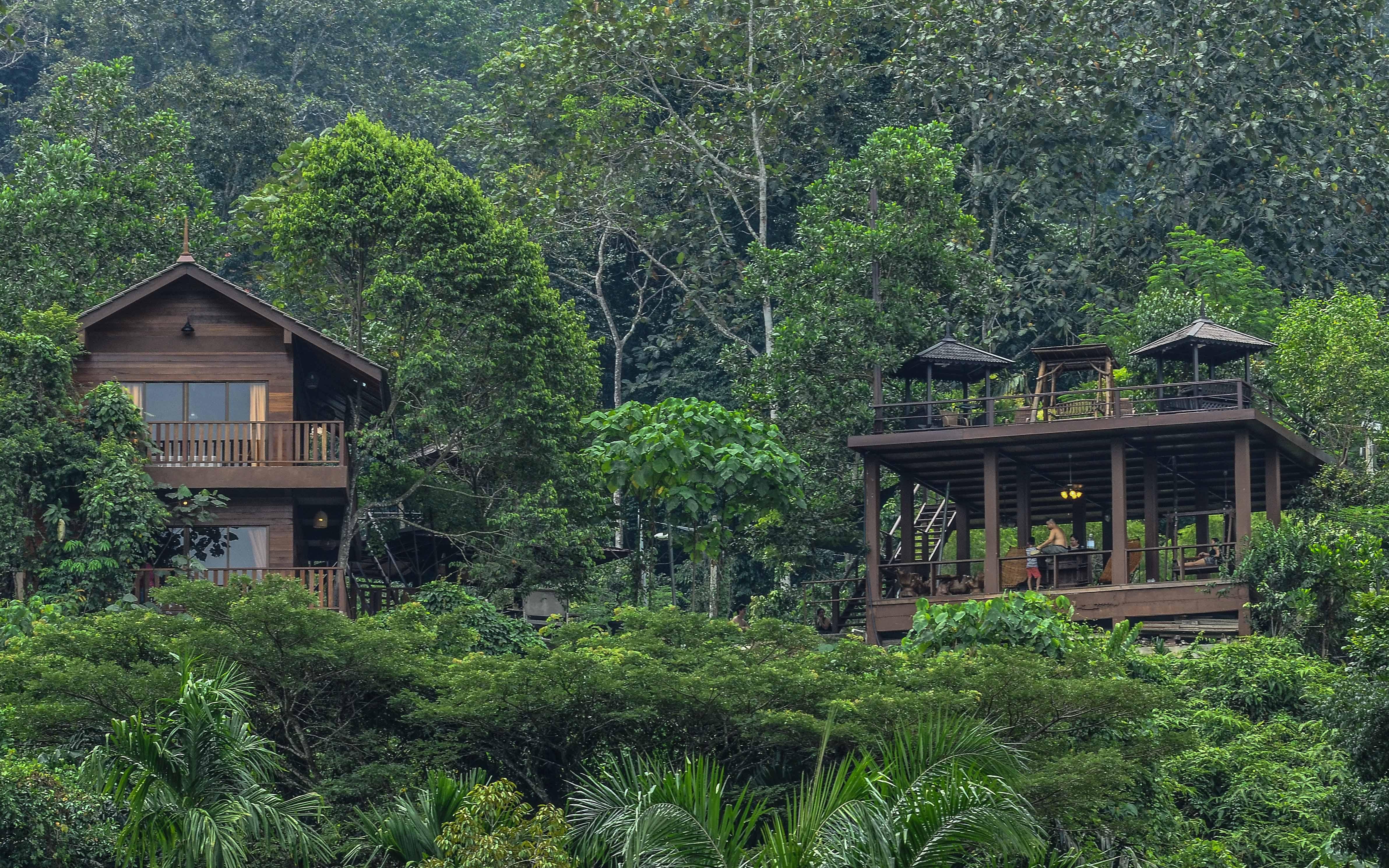Villa House & Pavilion