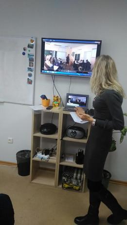 На семинаре по методике преподавания иностранных языков.