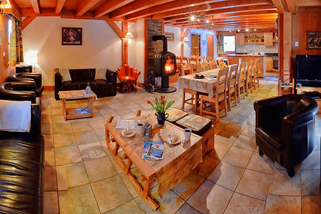 catered-chalet-chery-living.jpg