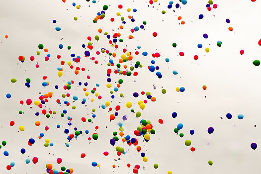 balloons-2826093_1920.jpg