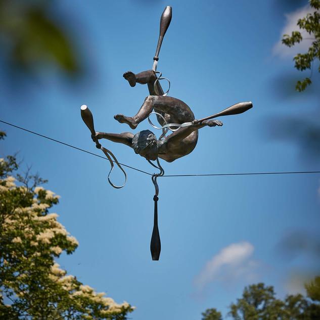 Jerzy Kędziora, Gymnast With Cudgels, balancing sculpture