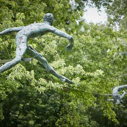 Jerzy Kędziora, Over the Hurdle, balancing sculpture