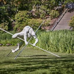 Jerzy Kędziora, Entangled III, balancing sculpture