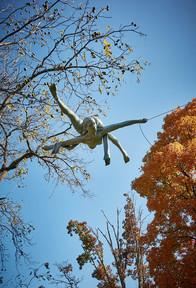 Jerzy Kędziora, Broken Rope, balancing sculpture