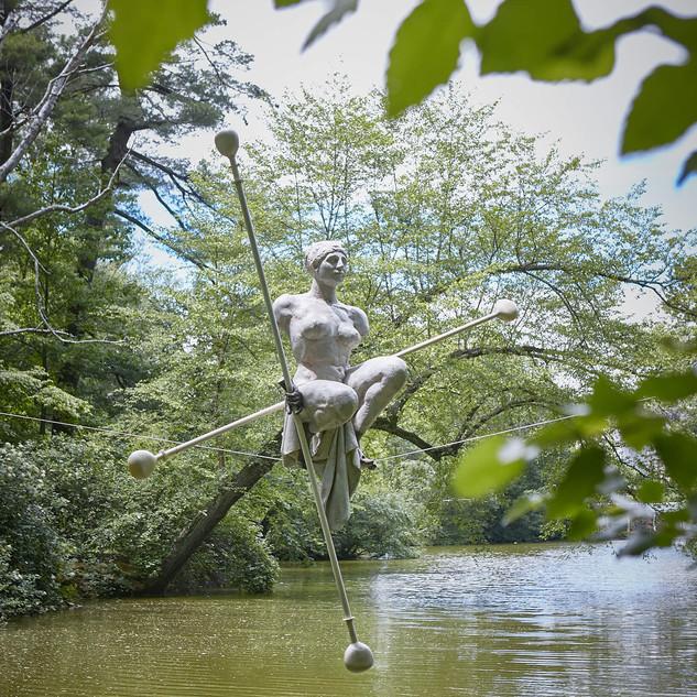 Jerzy Kędziora, Posthelenna, balancing sculpture