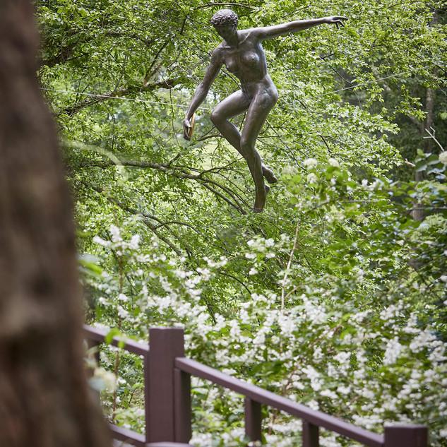 Jerzy Kędziora, With Discus, balancing sculpture