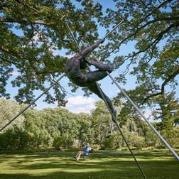 Jerzy Kędziora, Entangled II, balancing sculpture