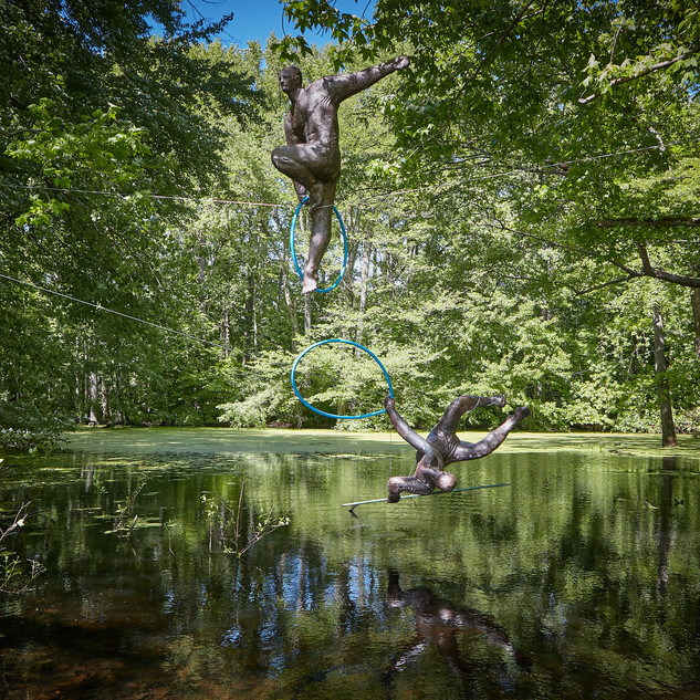 Jerzy Kędziora, Fight (Winner - Loser), balancing sculpture