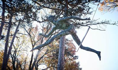 Jerzy Kędziora, Atleta: Nad płotkiem, rzeźba balansująca