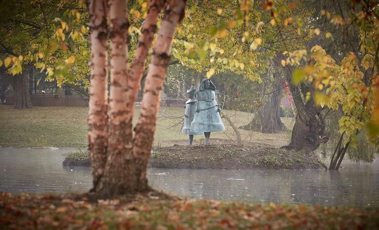 Jerzy Kędziora, Pęknięty głos: Mężczyzna-Dzwon, Kobieta-Dzwon, rzeźby balansujące