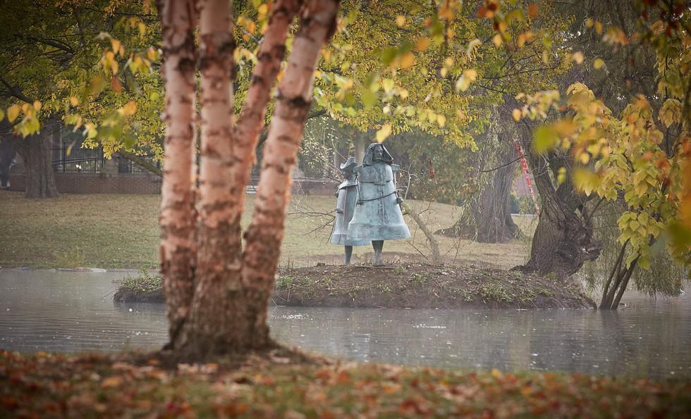Jerzy Kędziora, Ruptured Voice: Man-Bell, Woman-Bell, balancing sculptures