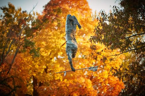 Jerzy Kędziora, Zielony akrobata, rzeźba balansująca