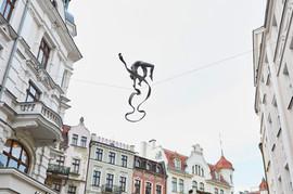Jerzy Kędziora, Gimnastyczka z szarfą, rzeźba balansująca