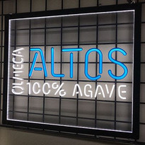 Altos Neon Free