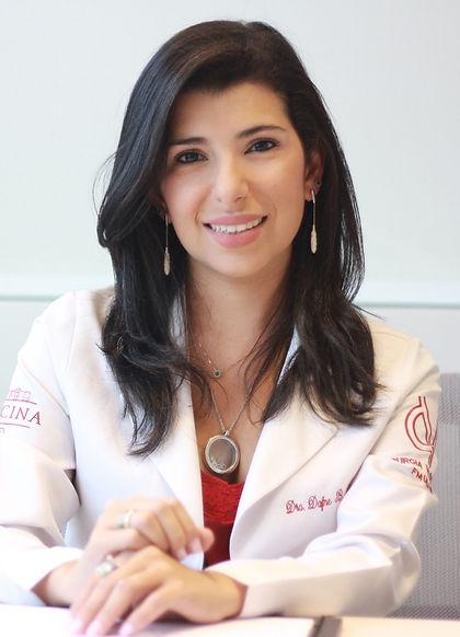 Dra Dafne Leiderman, cirurgiã vascular formada pela USP