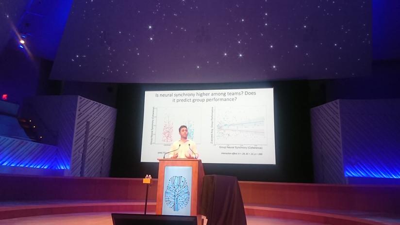Diego Reinero presents on group synchrony