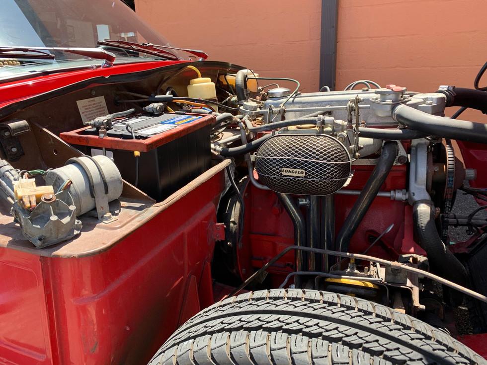 Red-Triumph-Spitfire-engine2.jpg