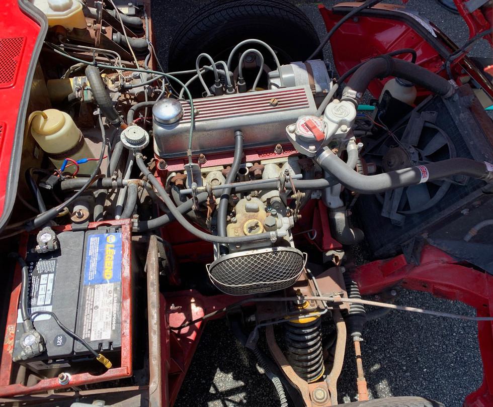 Red-Triumph-Spitfire-engine1.jpg