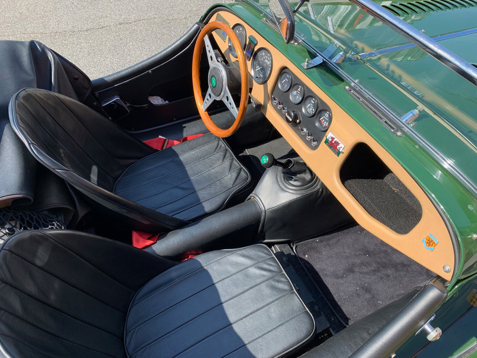 1984-Morgan-4-4-interior.jpg