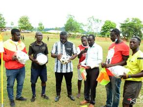 Kwadwo Baah Agyemang donates to juvenile football in Asante Akyem North.
