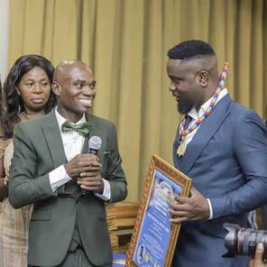 Sarkodie, Captain Smart, Wontumi , others  receive fake awards