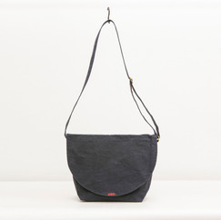 Wax Coated Cotton Round Flap Shoulder