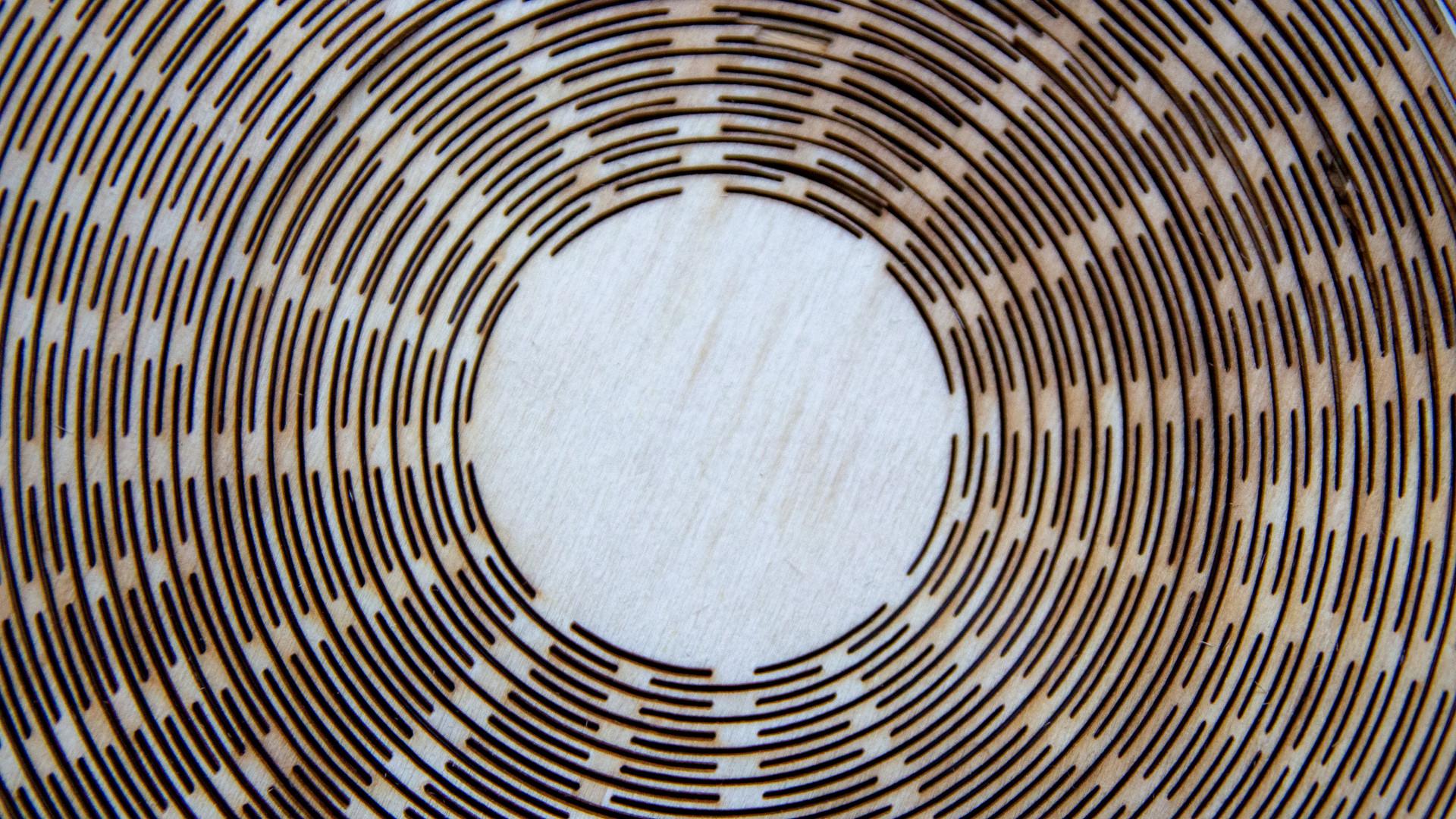 Wooden air vase