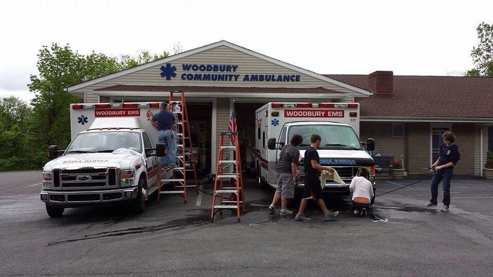 Woodbury EMS                                                   083