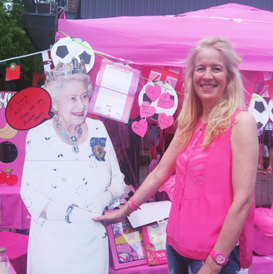 Lindsey Wylie meets the Queen