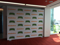 Step and Repeat Wall