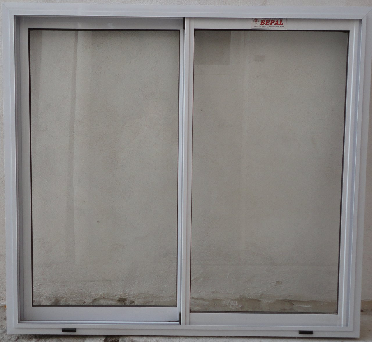 Ventana vidrio entero