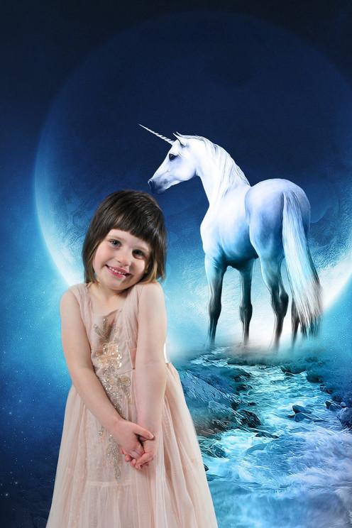 Anna unicorn 1.jpg