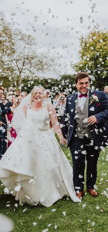 wedding, confetti, wedding photography, bride, Worcestershire, Catherine regan photography