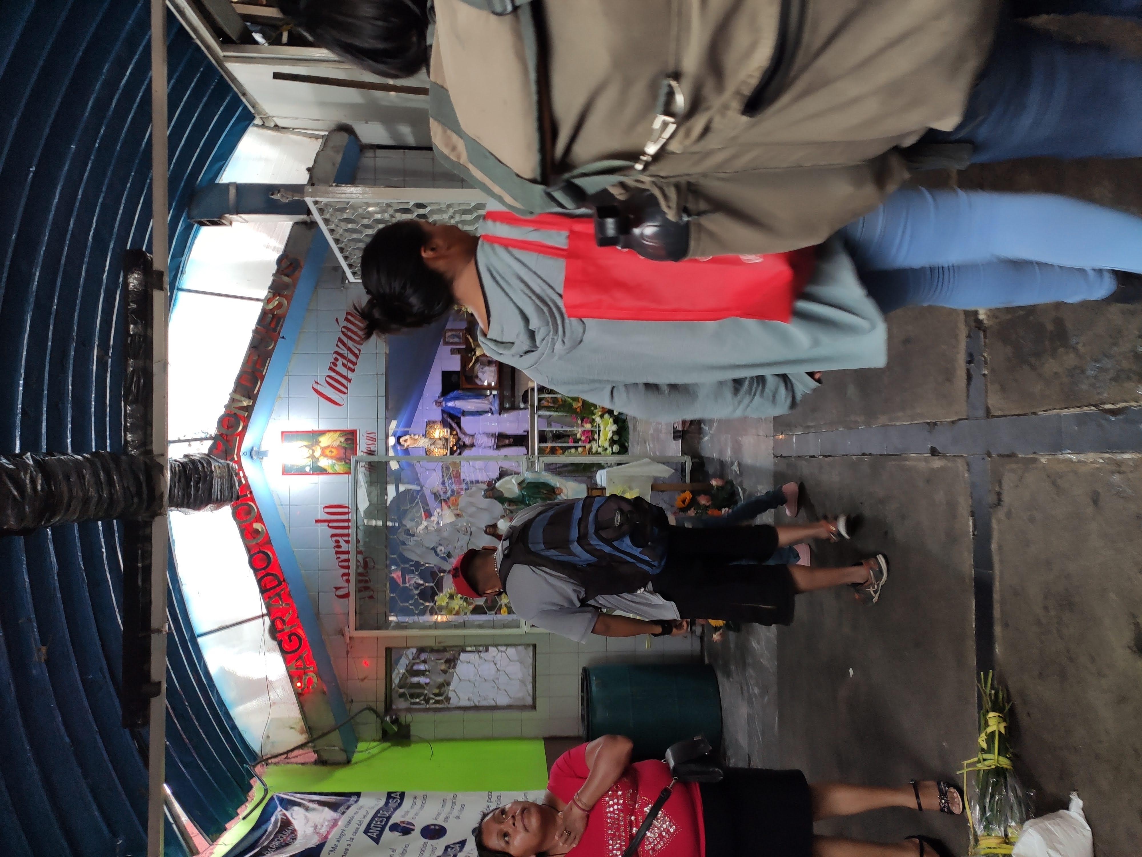 Mercado Hidalgo - Nosotros
