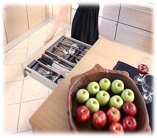 עיצוב מטבח  חידוש חזיתות מטבח   המלצה עיצוב מטבח   לילך אבירם Colors