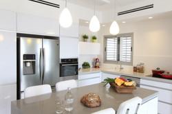 Colors - עיצוב ואדריכלות פנים מטבח בסגנו