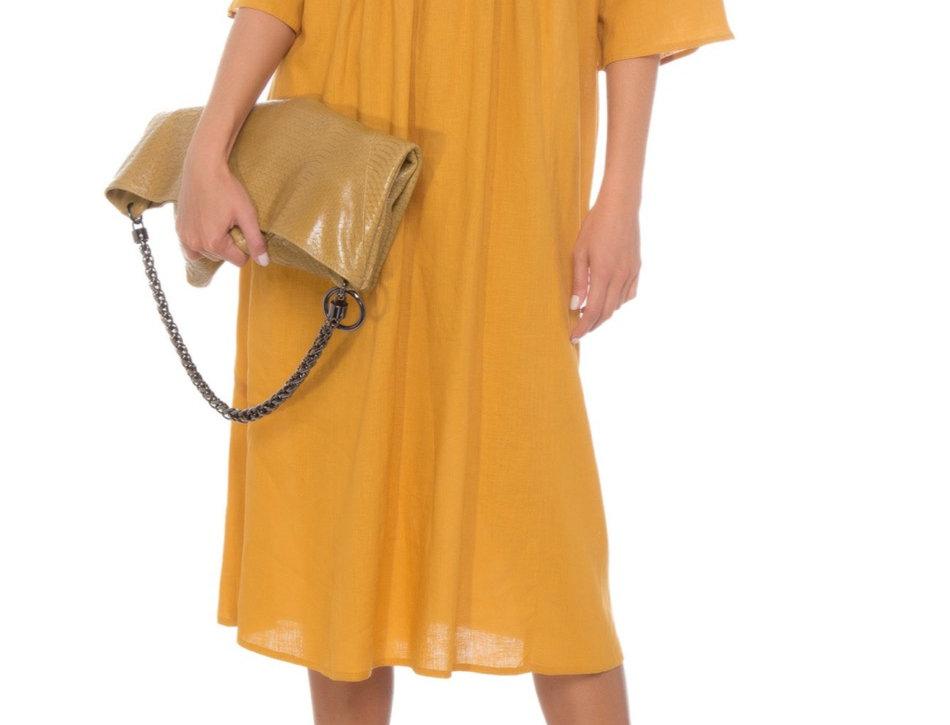 Vestido de Linho Midi Mostarda Com Mangas Curtas