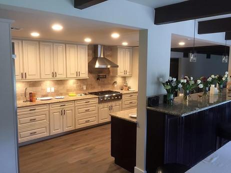 Dark and Light kitchen cabinets