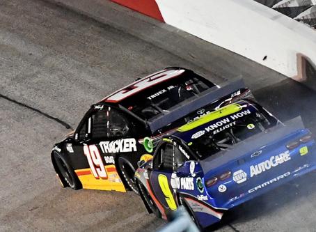 NASCAR Sports Update: Harvick steals Darlington win amidst late-race drama (9/6/20) By: Josh Scott