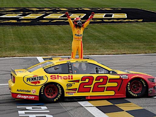 NASCAR Sports Update: Logano takes Kansas, advances to Championship race (10/18/20) By: Josh Scott