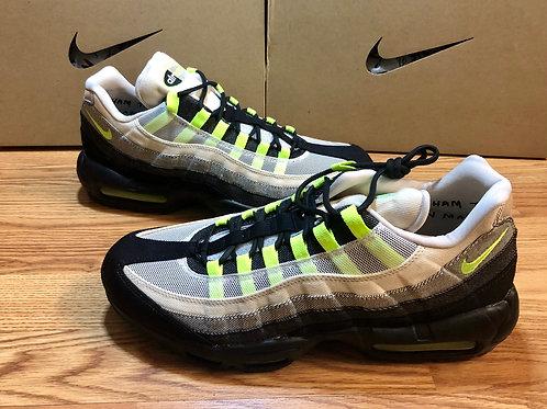 Nike Air Max 95 Denham Neon